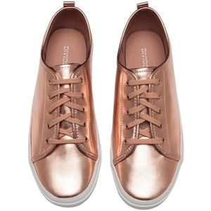 Brand New H&M Rose Gold Sneakers Sz 37